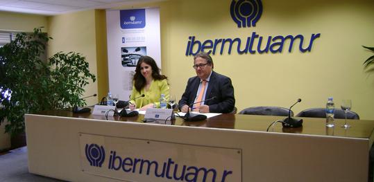 La Universidad Europea Miguel de Cervantes e Ibermutuamur firman un convenio de colaboración